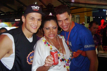 Junior Cigano, Marta Góes e Manfred | Foto Carol Cotias