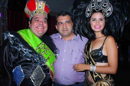 Rei Momo, Isaac Carvalho e a Rainha do Carnaval | Fotos Heder Novaes/Divulgação