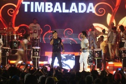 Alex Xela e Timbalada | Foto Carol Cotias
