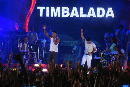 Timbalada e Leo Santana | Foto Carol Cotias