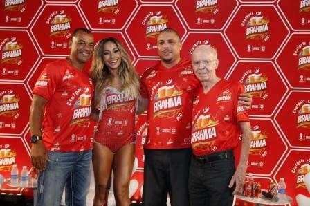 Cafu, Sabrina Sato, Ronaldo e Zagalo | Foto Divulgação