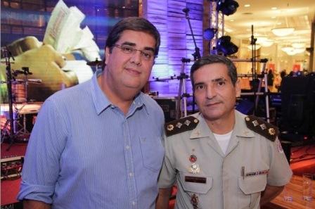 Sérgio Magalhães e Major Arnaldo | Foto Yuji Sogawa/Site Michelle Marie